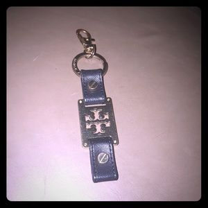 ✅✅Tory Burch key chain in great condition